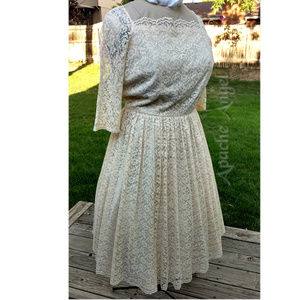 Authentic Vtg 1950's Lace Dress 14/16